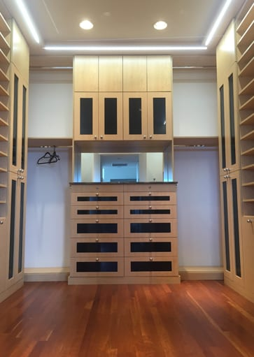 Custom Closet Cabinets And Drawers