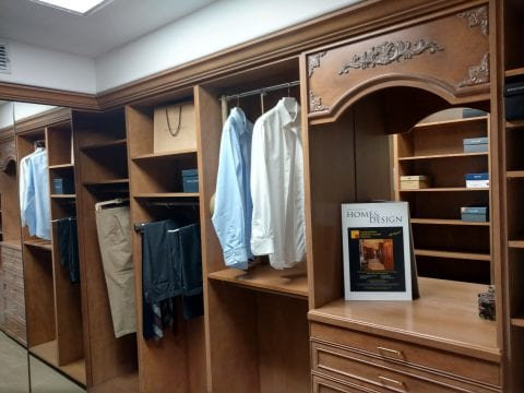Sample Traditional Style Ccustom Closet